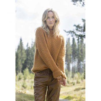 kjøp CP_16-01_Tiffany_Sweater_1 hos titt inn garn her
